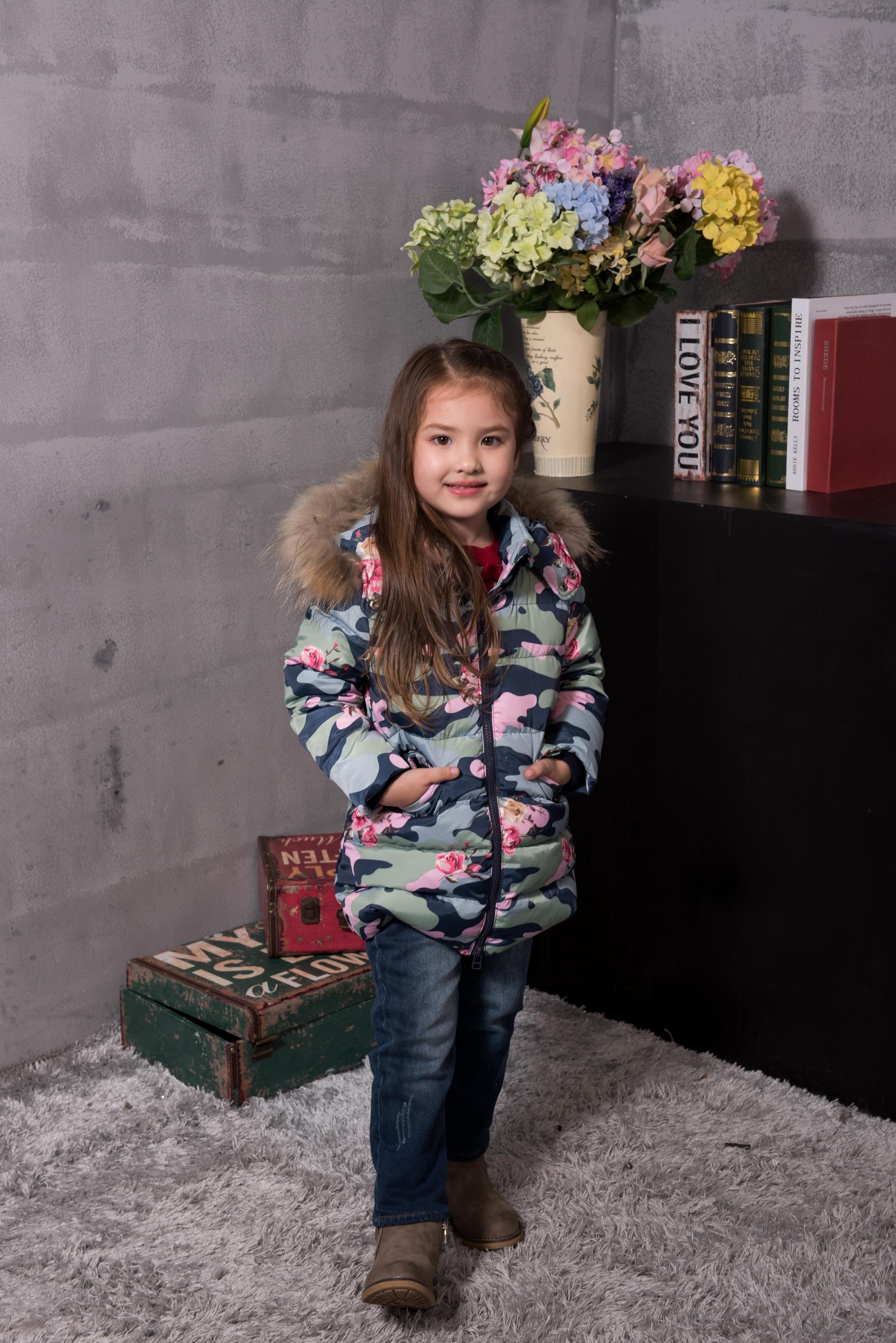 童装羽绒外套--迷彩